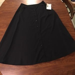 NWT Liz Claiborne Studio button down skirt Size 10